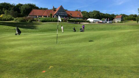Compétition au golf de Saint-Omer